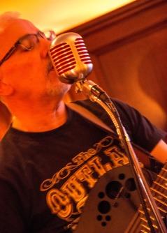 Andy Bell @ Lonergan's